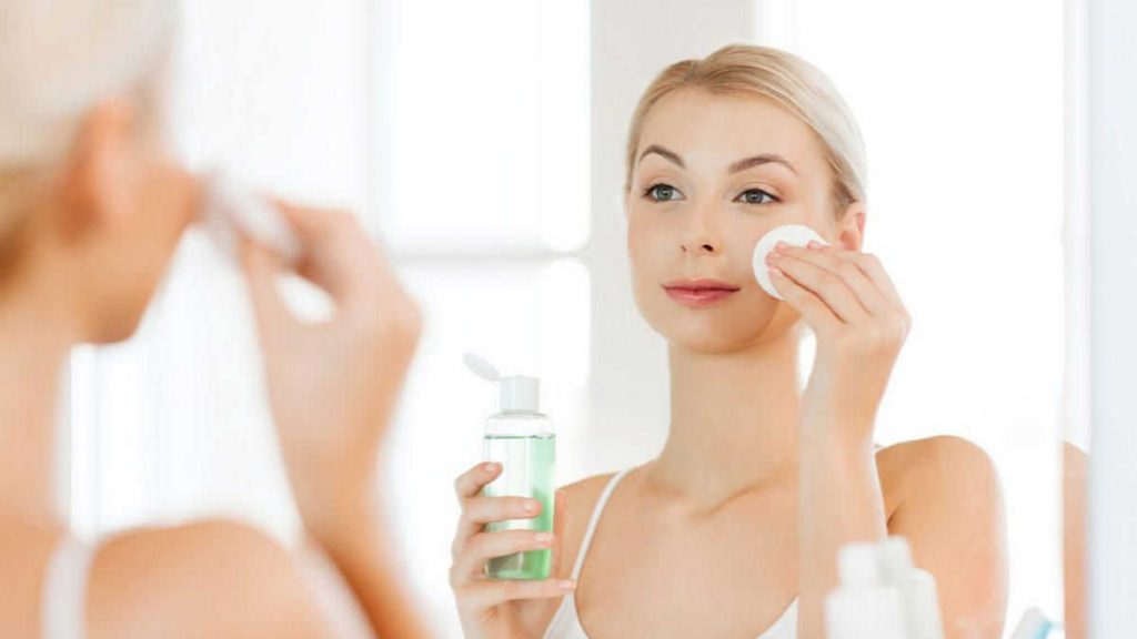 manfaat toner untuk wajah